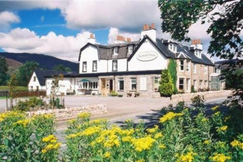 The Rowan Tree Country Hotel