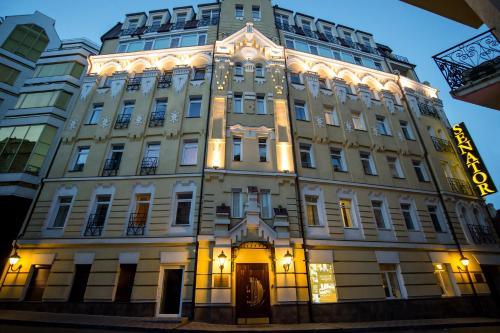Luxury Hotels In Kiev Ukraine Senator Maidan