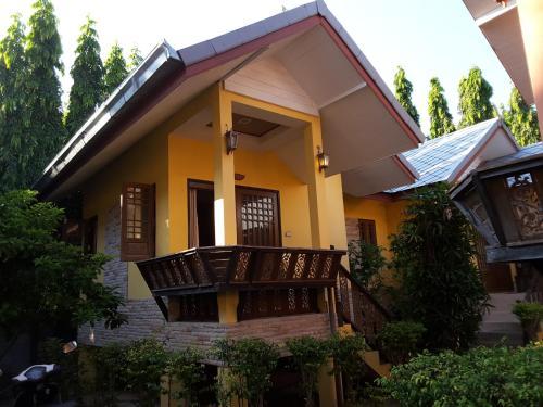 Fueangfu Villa