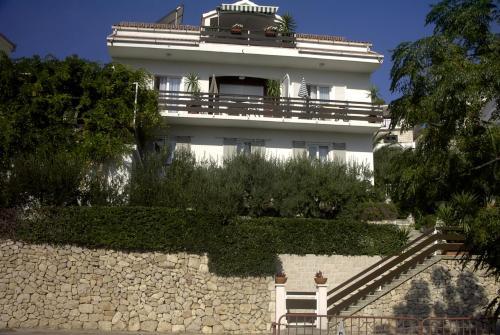 Apartments Antoana