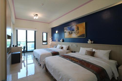 Emilia Resort