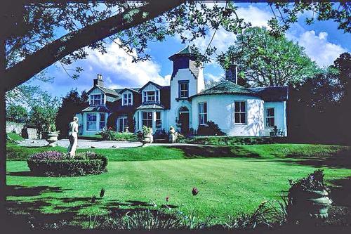 Glendruidh House
