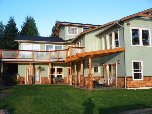 Ucluelet Guest House