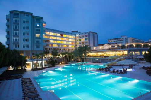 Club & Hotel Karaburun - Halal All Inclusive