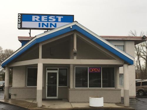 Rest Inn Utica