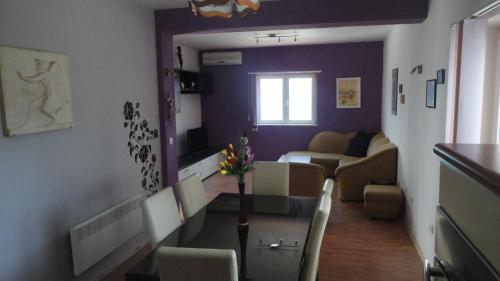 Apartments Gule