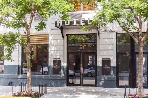 The 10 Best 4 Star Hotels In Brooklyn Usa Booking Com