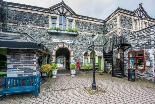 Alpine Apartments Snowdonia