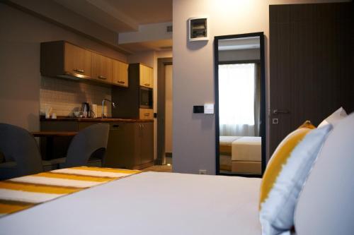 Tophane Suites