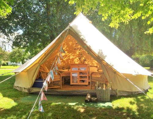 Oxford Riverside Glamping