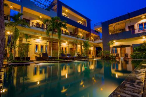 Indra Porak Residence Hotel