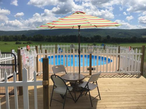 Apple Inn and Suites Cooperstown Area