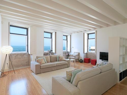 Feels Like Home Porto Sea View House