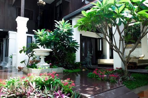 Rachamankha Thai Villa
