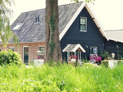 The 10 Best Accommodations in Weesp, Netherlands | Booking.com