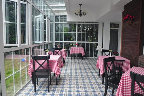 The Roco Villa