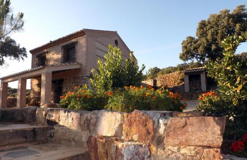 Booking.com: Hoteles en Los Navalucillos. ¡Reserva tu hotel ...