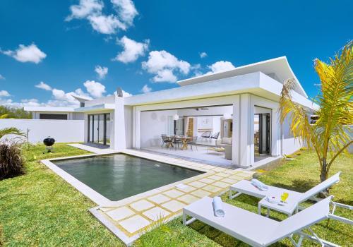 Corail Bleu Private Villas by LOV