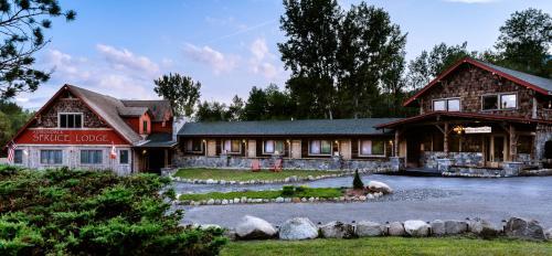 Adirondack Spruce Lodge