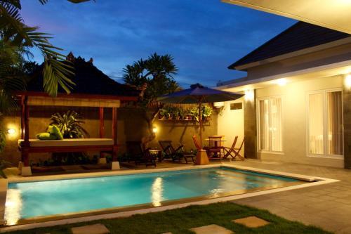 Pungutan House Villa 4