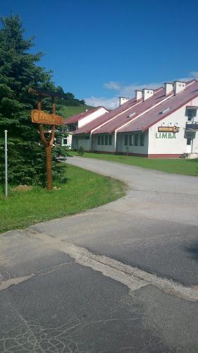 Chata Limba