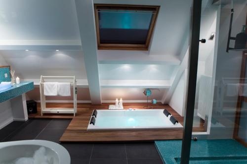 Balkon Met Jacuzzi : Hotels met een jacuzzi: provincie utrecht nederland u2013 booking.com