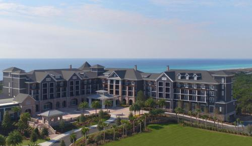 Dog Friendly Hotels In Panhandle Florida Description For A11y