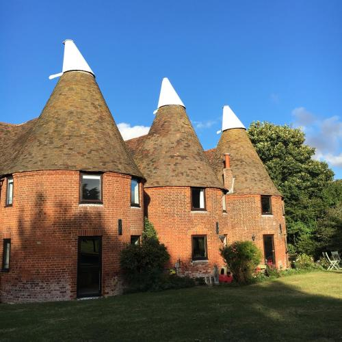 Great Hotels With Parking In Canterbury Renville Oast