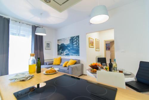 Polai Center Apartments