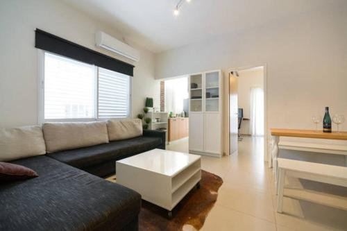 Budget Hotels In Tel Aviv Israel Miraks Ha Yarkon