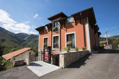 Hoteles baratos cerca de Llerices, Asturias - Dónde dormir ...