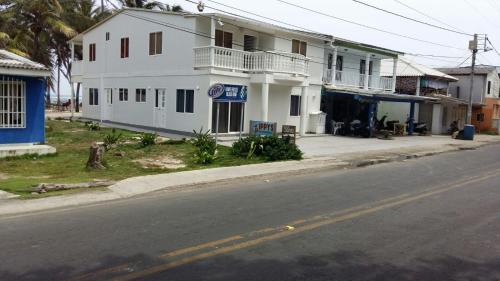 Zippy´s Sea View Apartments