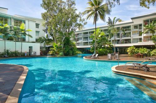 Palm Cove Beach Apartment