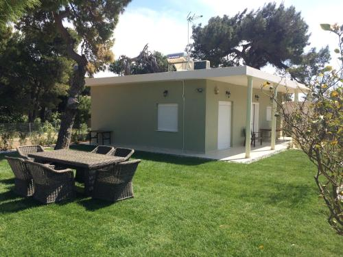 Efi Relax House