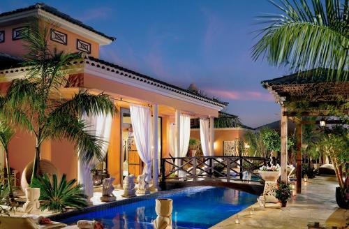 De 10 beste villas in Adeje, Spanje   Booking.com