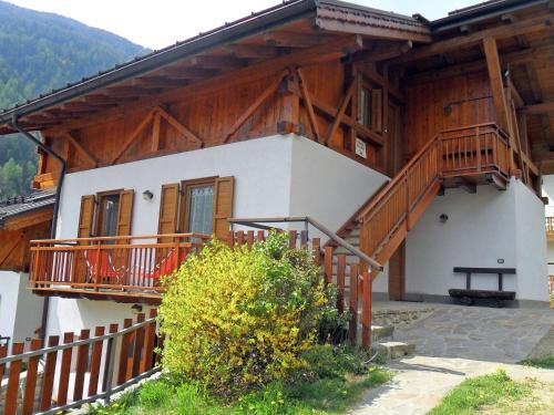 Apartment Dossi 3