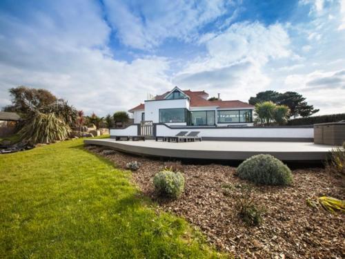 Ocean Views Villa
