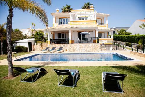 Villa Clara by Sunny Deluxe
