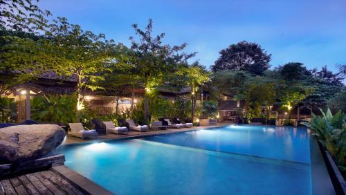 10 Hotel Terbaik Dengan Kolam Renang Di Cirebon Indonesia Booking Com
