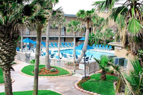 Island House BeachFront Condo Hotel