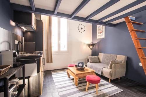 Studio Mezzanine Bleu