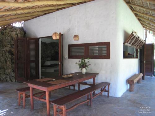 La Cueva Eco-Lodge