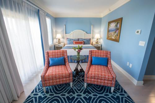 Harborside at Charleston Harbor Resort and Marina