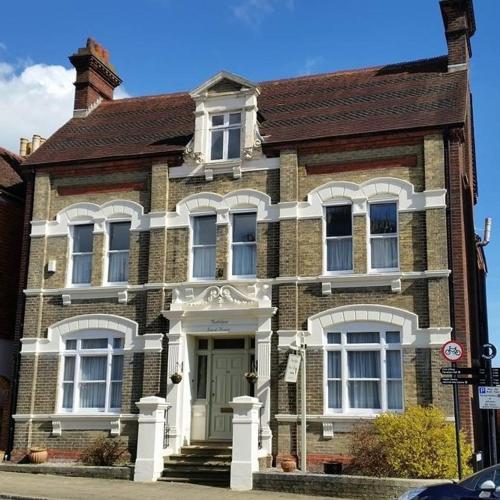Trafalgar Guest House