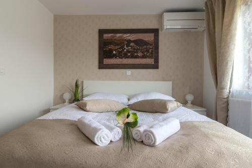 Apartments & Rooms Aleksandra