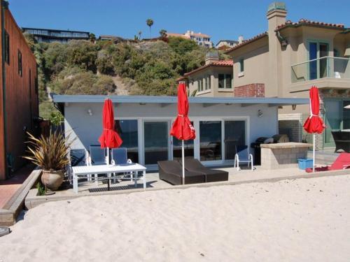 35201 Beach Road Home