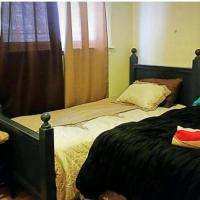 Grand 4 Bedroom Apartment- United Center