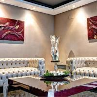 ArtPlatinum Suites & Apartments