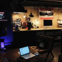 Iron32 Hotel Bar and Bistro