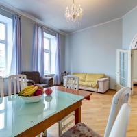 Apartments on Bolshaya Konyushennaya 1